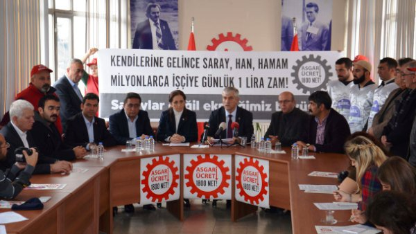 DİSK'ten 'Asgari ücret net 1 800' olsun kampanyası