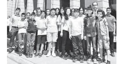 Ortaokul Öğrencileri 'Hukuk ve Adalet' için Adana Adliyesi'nde