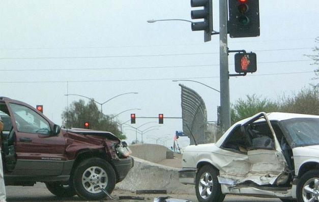 Trafik kazaları 10 yılda 40 bin can aldı
