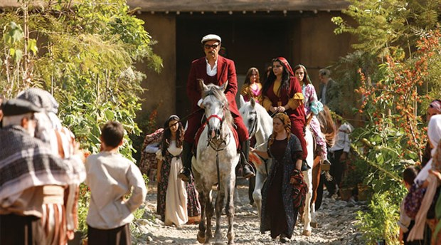Anadolu'ya, insana dair: Ekşi Elmalar