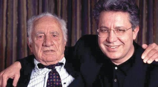 """LİVANELİ'NİN İLMİNDE ROL ALDI Zülfü Livaneli, """"Elia, 1988'de çektiğim Sis adlı filmimde rol aldı. Bu çapta bir yönetmen için büyük bir alçak gönüllüktü"""" dedi."""