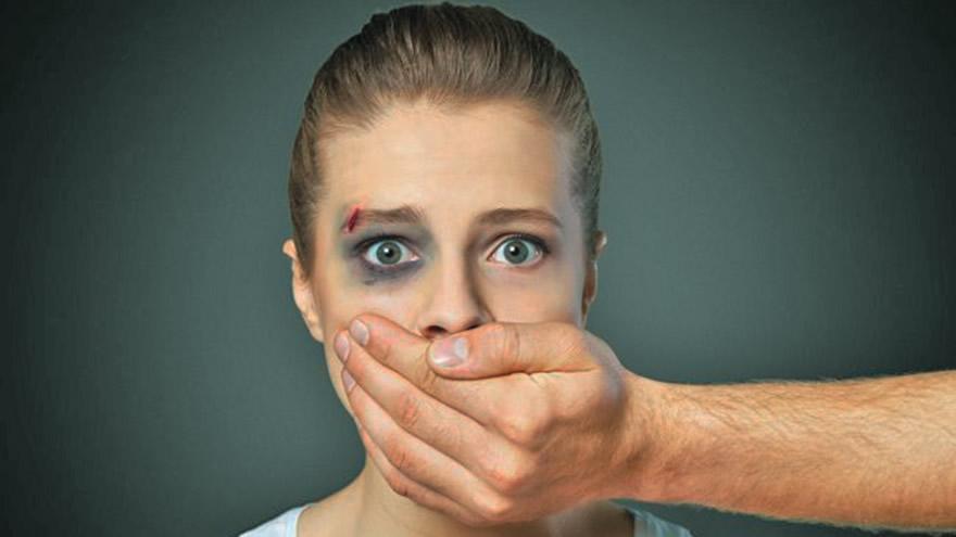Kadına şiddette ilk 7 yaş önemli!